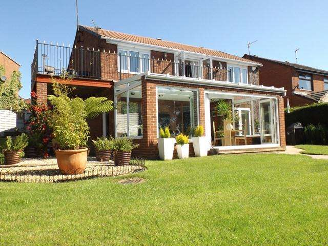 5 Bedrooms Detached House for sale in Nursery Park, Ashington