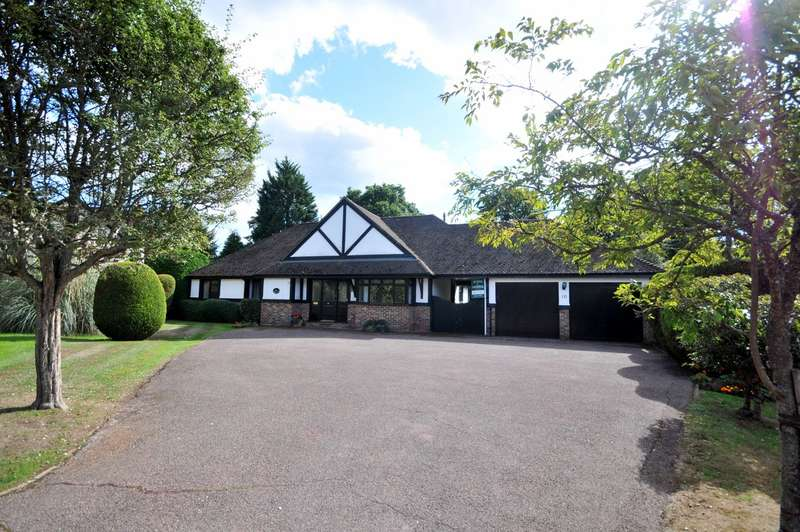 3 Bedrooms Detached Bungalow for sale in Hurtmore Chase, Hurtmore, Godalming, GU7