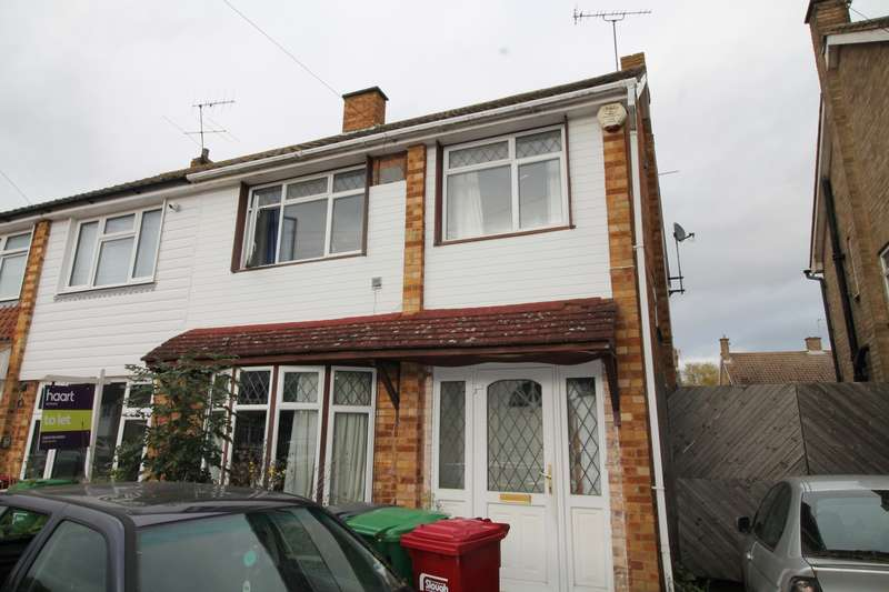 3 Bedrooms Property for sale in Dawley Ride, Colnbrook