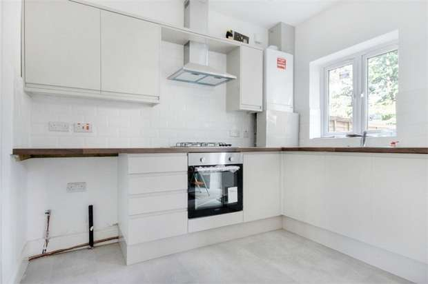 2 Bedrooms End Of Terrace House for sale in Cheltenham Road, Leyton, London