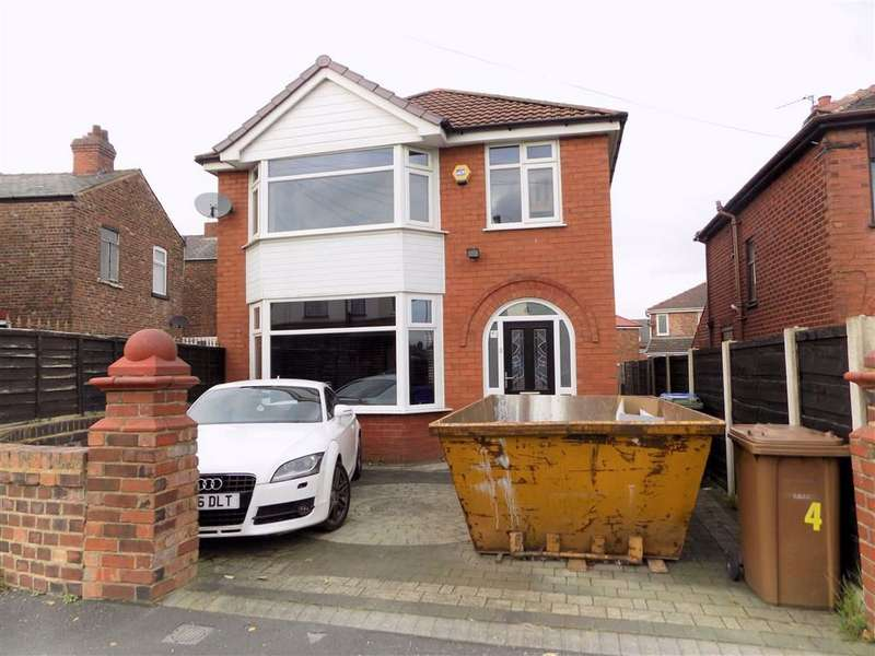 3 Bedrooms Detached House for sale in North Road, Droylsden, Manchester