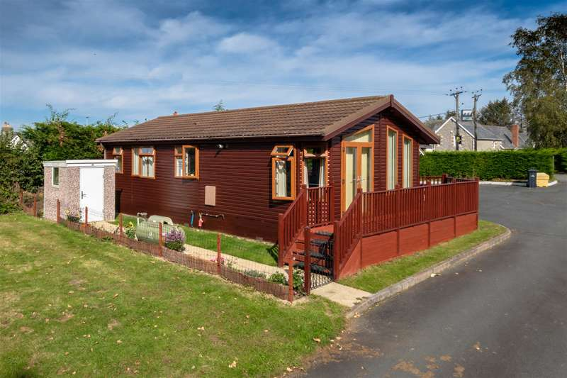 2 Bedrooms Park Home Mobile Home for sale in 23 Llewelyn Park , Cilmery