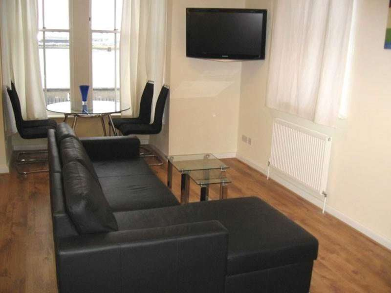 1 Bedroom Apartment Flat for sale in Lansdowne Square, Gravesend