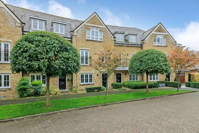 4 Bedrooms Town House for sale in Eggleton Drive, Tring