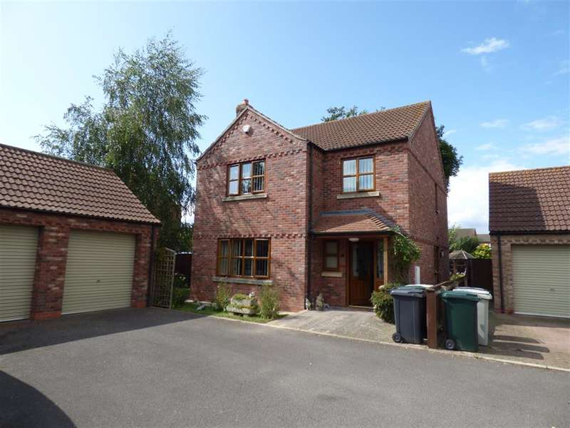 4 Bedrooms Detached House for sale in Fern Close, Louth, LN11 0WH