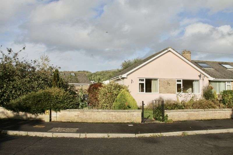 3 Bedrooms Property for sale in St Cuthbert Avenue, Wells