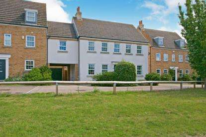 5 Bedrooms Link Detached House for sale in Ely, Cambridgeshire