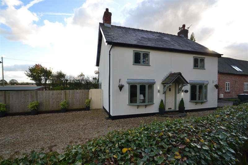 4 Bedrooms Detached House for sale in Hatton Lane, Hatton, Warrington, WA4