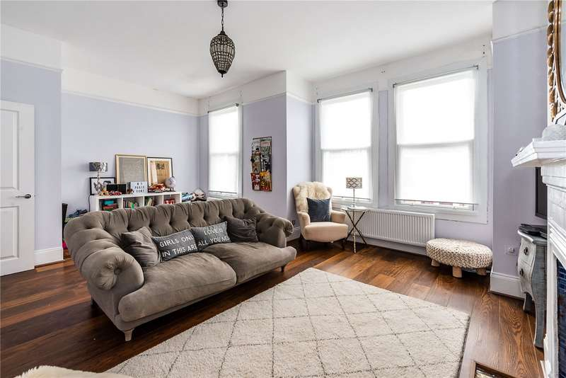 3 Bedrooms Flat for sale in Sternhold Avenue, London, SW2