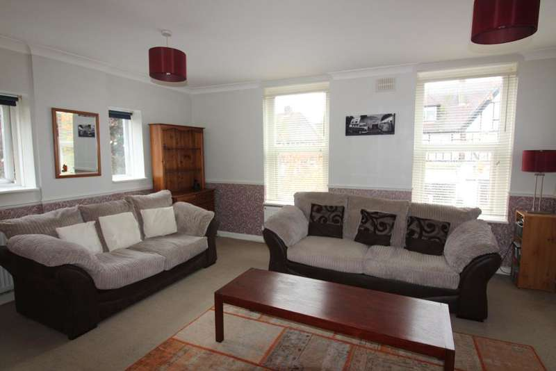 2 Bedrooms Maisonette Flat for sale in Crescent Way, Orpington, Kent, BR6 9LS