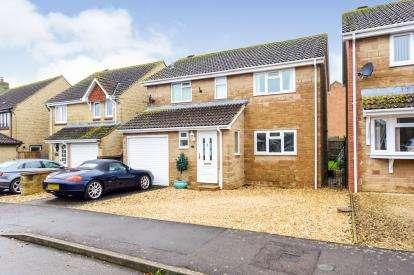4 Bedrooms Detached House for sale in Martock, Somerset, Uk