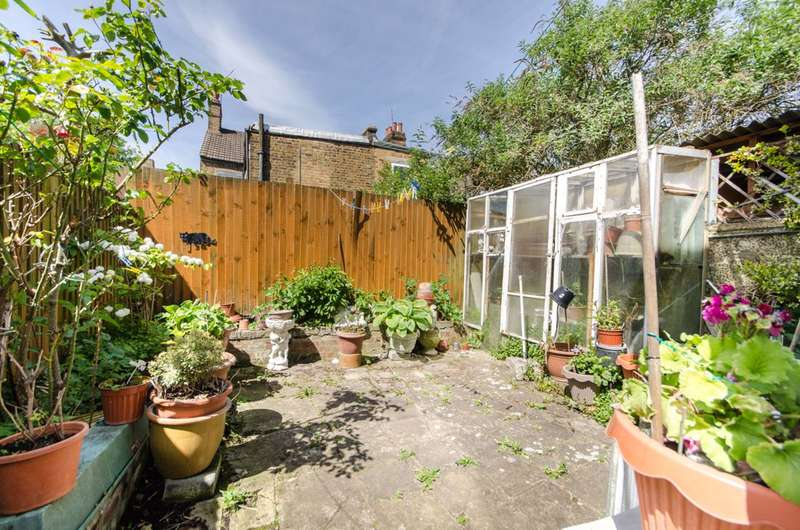 3 Bedrooms End Of Terrace House for sale in St Margarets Road, Kensal Green, NW10