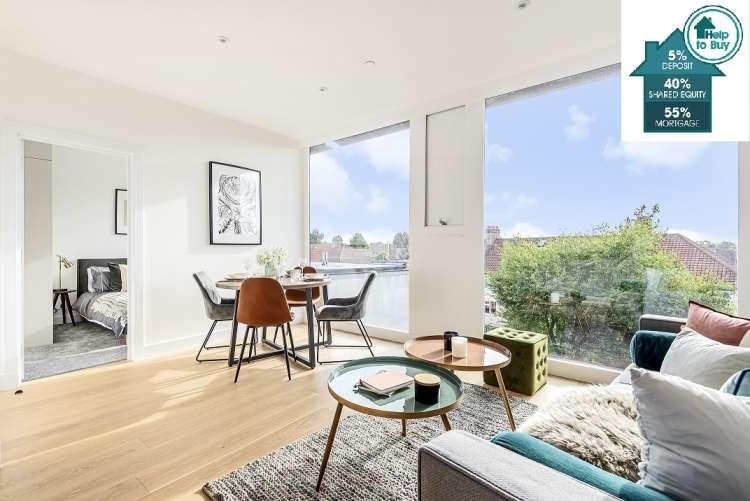 2 Bedrooms Flat for sale in Mulberry Place, Pinnell Road Eltham SE9