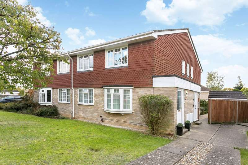 2 Bedrooms Maisonette Flat for sale in Balmoral, Cranbrook Drive, Pinkneys Green, Maidenhead