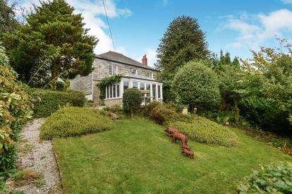 3 Bedrooms Detached House for sale in Liskeard, Cornwall, Uk