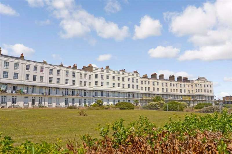 3 Bedrooms Flat for sale in St. Augustines Road, Ramsgate, Kent