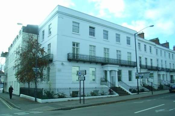 8 Bedrooms Flat for rent in Flat 1, Clarendon House, 1-2 Clarendon Square, Leamington Spa
