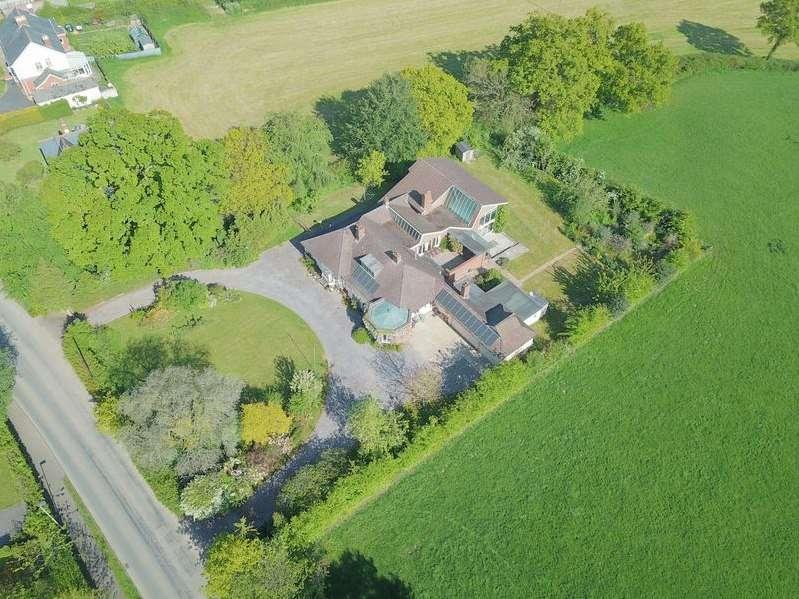5 Bedrooms Property for sale in Culmstock Road, Hemyock