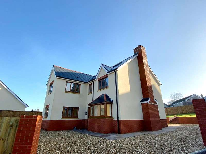 5 Bedrooms Detached House for sale in Cook Rees Avenue, Neath, Neath Port Talbot. SA11 1JU