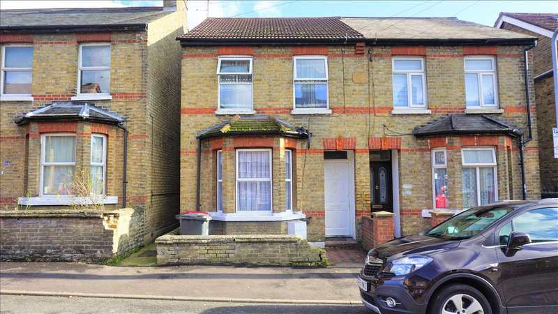 3 Bedrooms House for sale in The Crescent, Slough