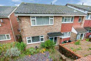 3 Bedrooms End Of Terrace House for sale in Scarborough Close, Biggin Hill, Westerham