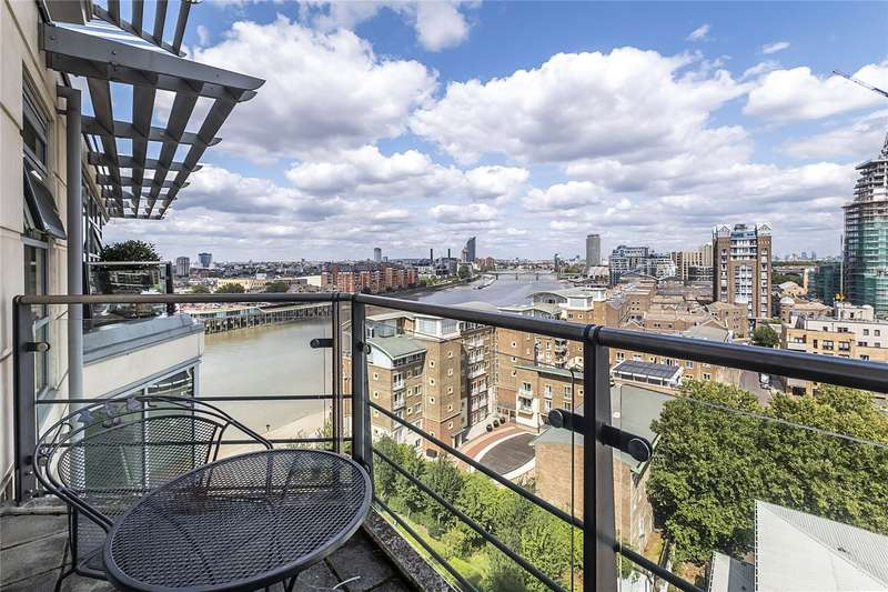 3 Bedrooms Flat for sale in Ensign House, Juniper Drive, London, SW18
