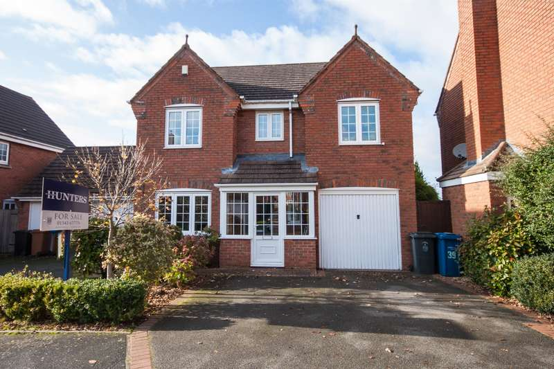 4 Bedrooms Detached House for sale in Ashmole Avenue, Burntwood, WS7 9QG