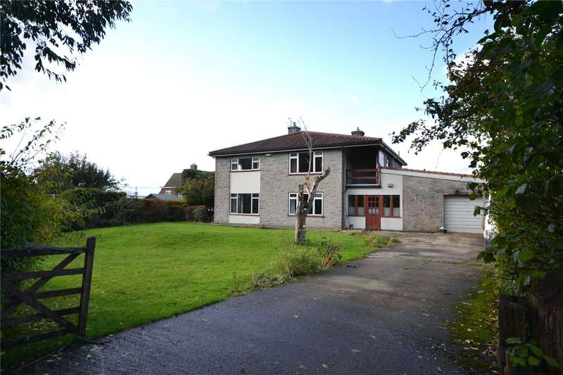 4 Bedrooms Detached House for sale in Yeatmans Close, Shaftesbury, Dorset, SP7