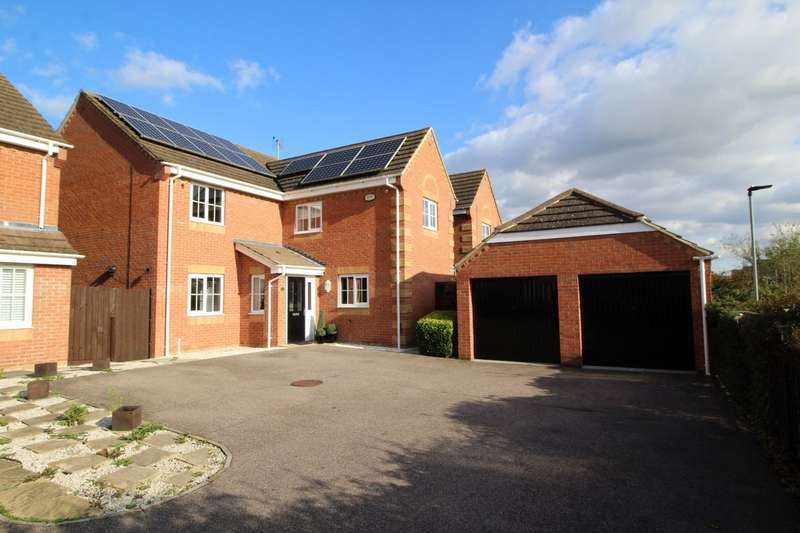 4 Bedrooms Detached House for sale in Brabazon Close, Shortstown, Bedford, MK42