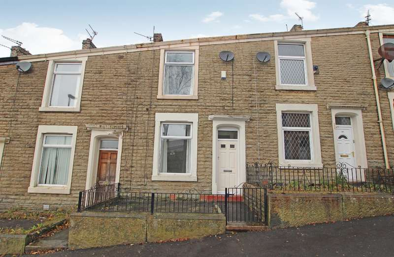 3 Bedrooms Terraced House for sale in Atlas Road, Darwen, BB3 3BY