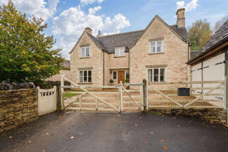 4 Bedrooms Detached House for sale in Barnsley Place, RODMARTON