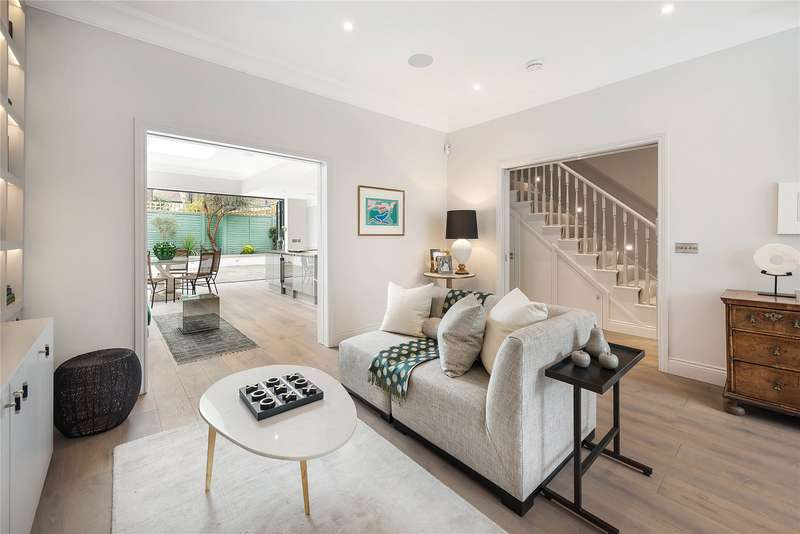 4 Bedrooms Semi Detached House for sale in Ursula Street, Battersea, London, SW11