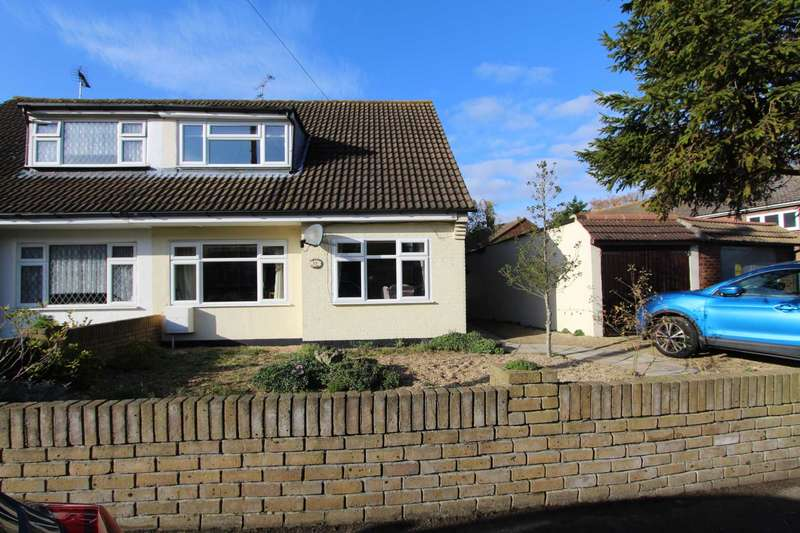 3 Bedrooms Semi Detached House for sale in Lodge Close, Thundersley