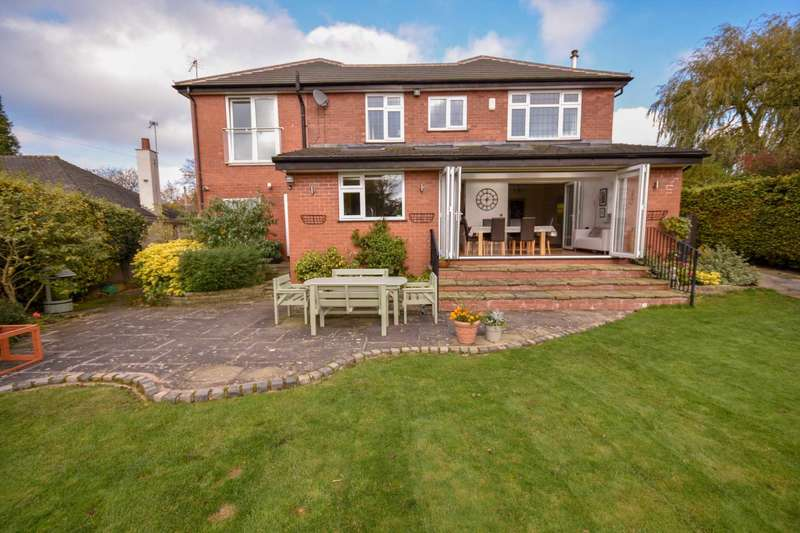 6 Bedrooms Detached House for sale in DICKENS LANE, POYNTON