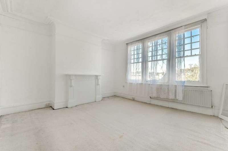 2 Bedrooms Flat for sale in Devonshire Road, Forest Hill, SE23