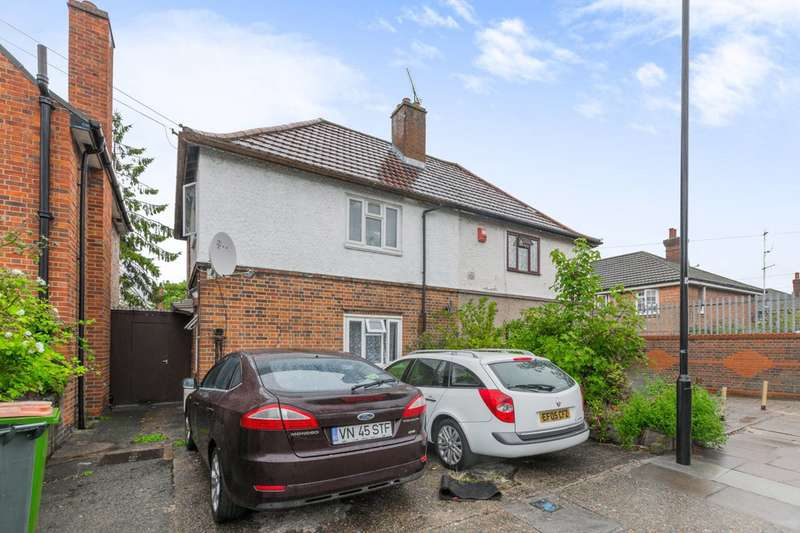 3 Bedrooms Semi Detached House for sale in Palmer Road, Plaistow, E13