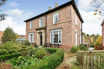 6 Bedrooms Semi Detached House for sale in Grange Road, Darlington, Co Durham