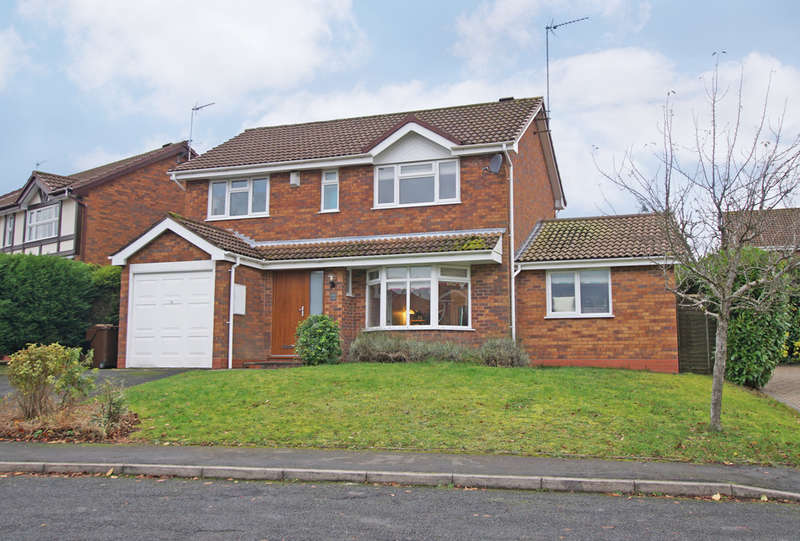 4 Bedrooms Detached House for sale in Wentworth Drive, Blackwell, B60 1BE