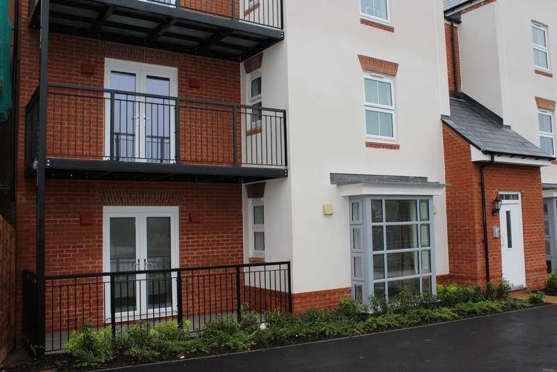 2 Bedrooms Ground Flat for rent in WOKINGHAM