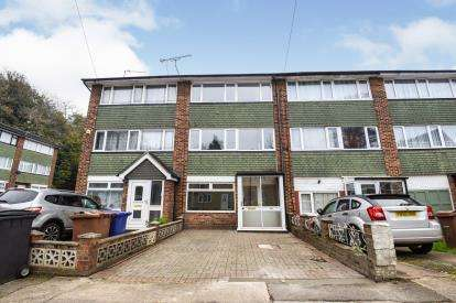 4 Bedrooms Terraced House for sale in Grays, Thurrock, Essex