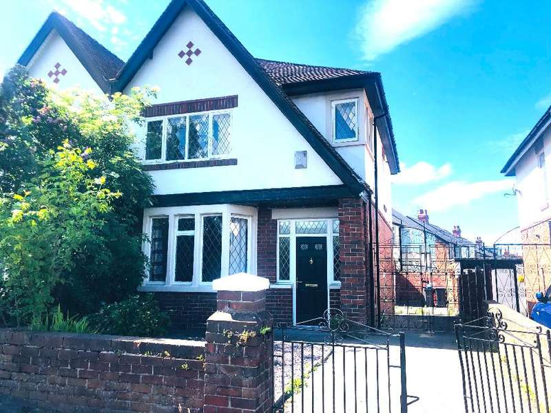 3 Bedrooms Semi Detached House for sale in Park Road, Blackpool, FY1 6RA