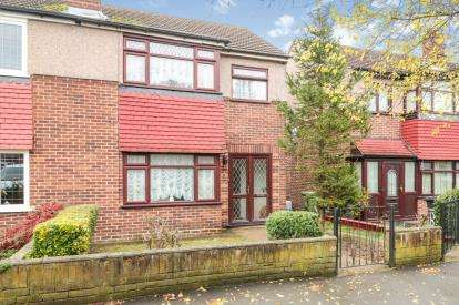 3 Bedrooms Semi Detached House for sale in Cornwall Close, Waltham Cross, Hertfordshire