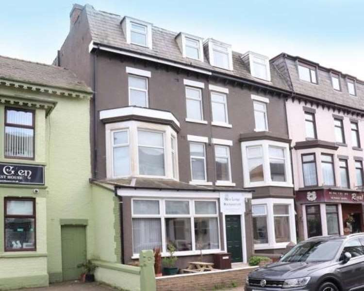 12 Bedrooms Semi Detached House for sale in Barton Avenue, Blackpool, Lancashire, FY1
