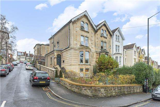 8 Bedrooms End Of Terrace House for sale in Cotham Brow, BRISTOL, BS6 6AS