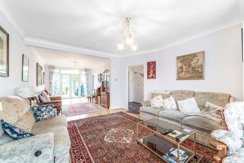 4 Bedrooms House for sale in Kingsway, Wembley Park, HA9