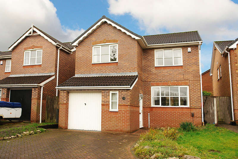 4 Bedrooms Detached House for sale in Marlwood Way, Royton
