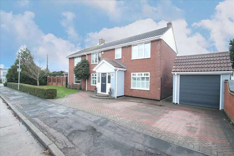6 Bedrooms Detached House for sale in Colne View, St. Osyth