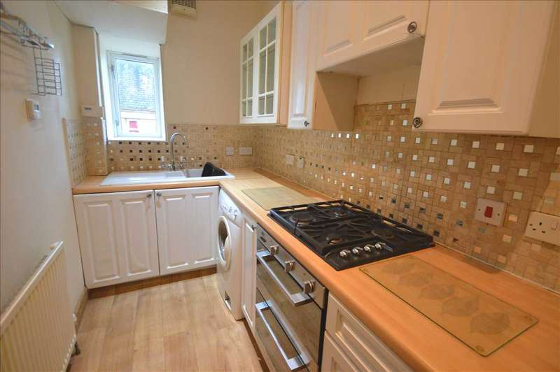 4 Bedrooms Apartment Flat for sale in Hill Street, Wishaw