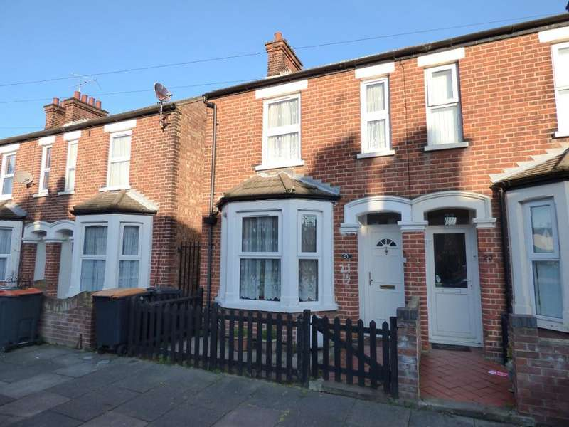 3 Bedrooms Semi Detached House for sale in Nelson Street, Bedford, MK40 4JP