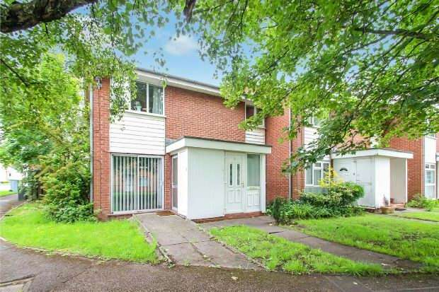 2 Bedrooms Apartment Flat for sale in Patterdale Walk, Timperley